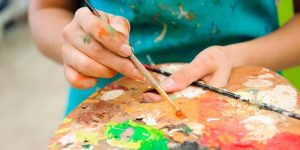 What is Art Therapy & What are its Benefits?