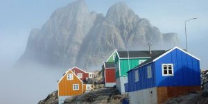 colored houses - benefits of awe