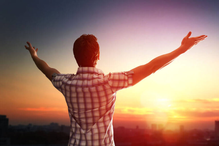 The Benefits of Gratitude: 28 Questions Answered Thanks to Gratitude Research