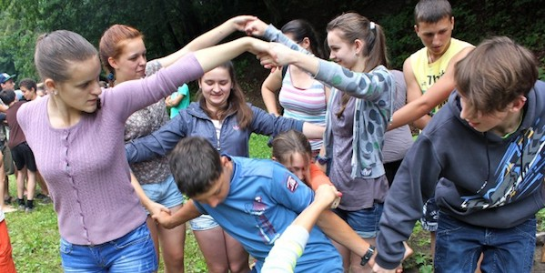 group therapy human knot
