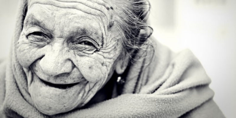 Optimists are More Likely to be Centenarians